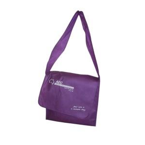 Shoulder bag in nonwoven material